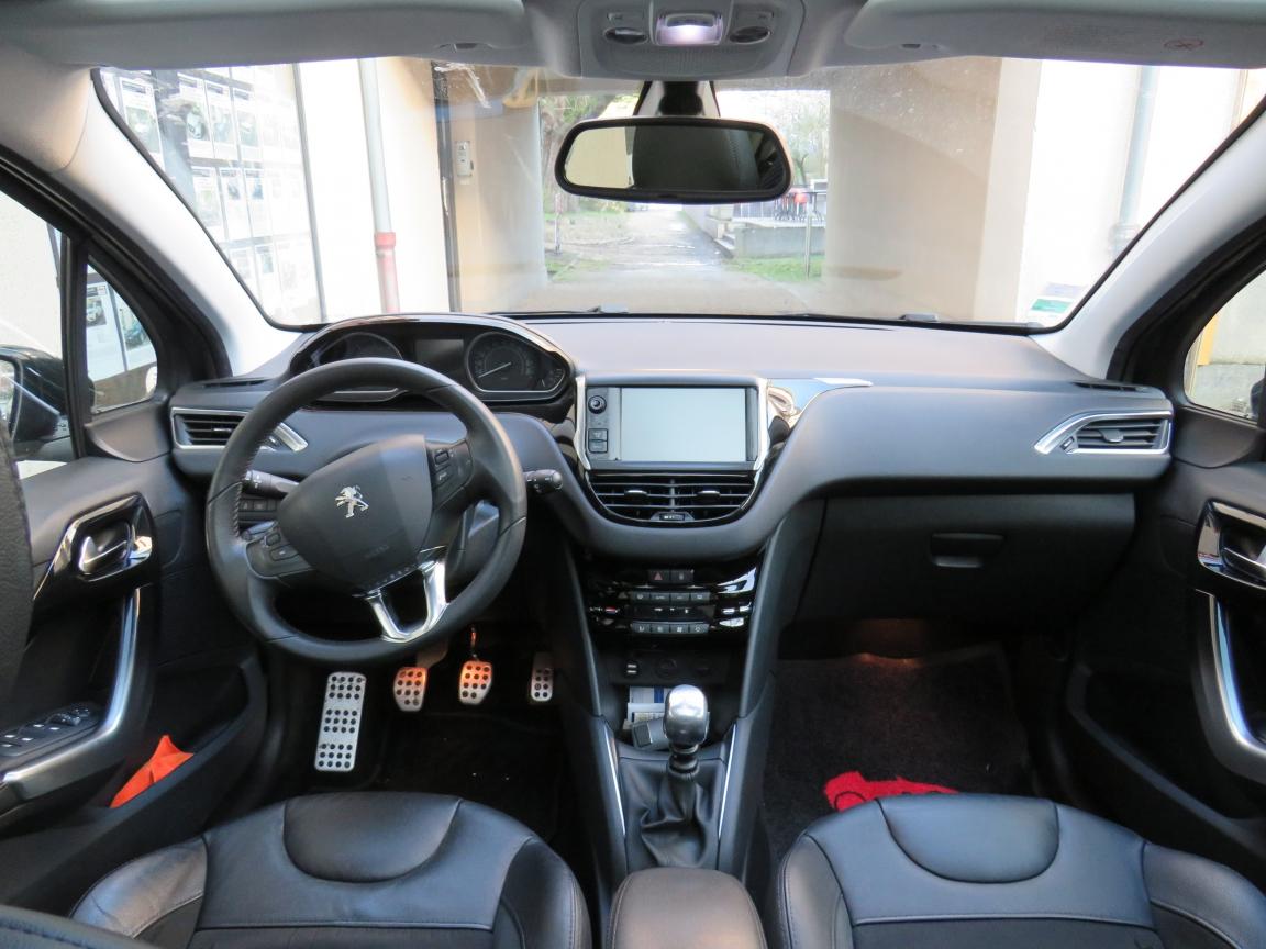 AUDI A6 AVANT -- A6 Avant 2.5 V6 TDI 150 Quattro Pack