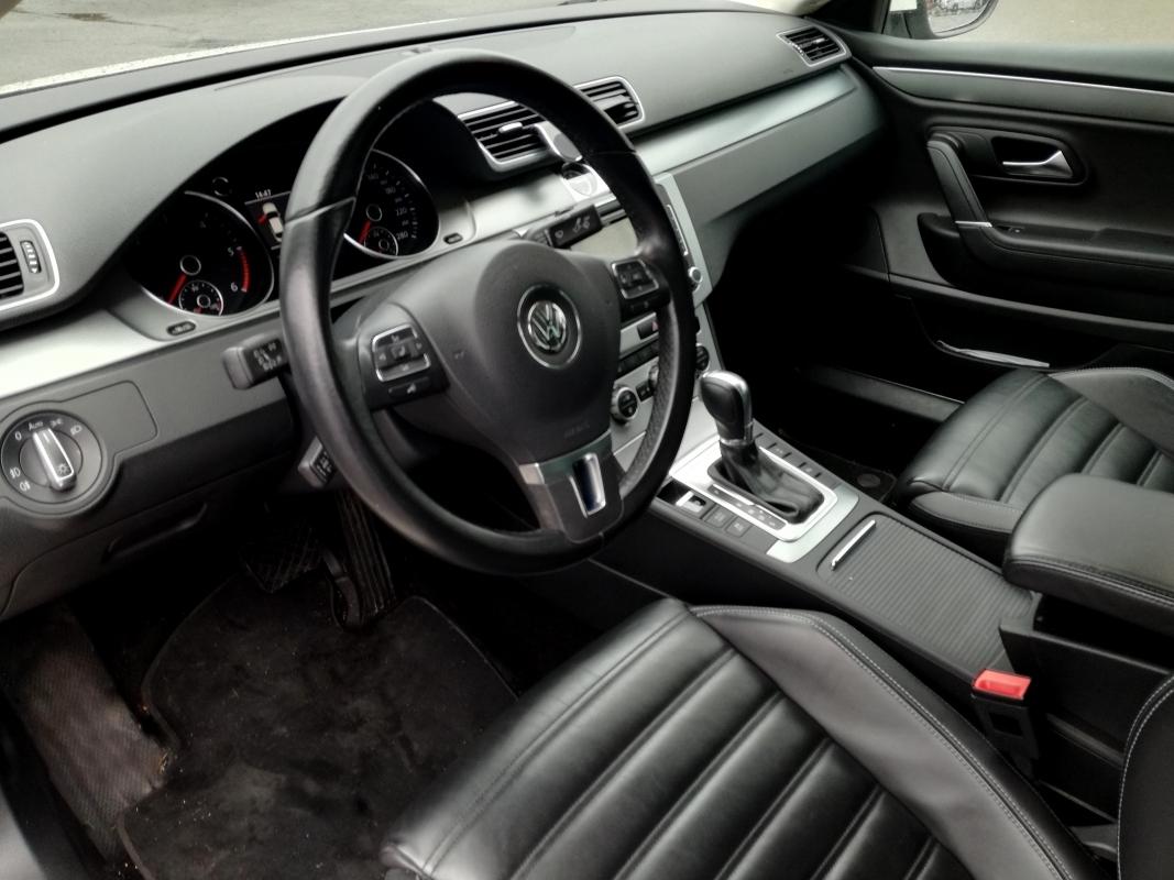 Volkswagen Passat CC 2.0L Carat 140 Ch