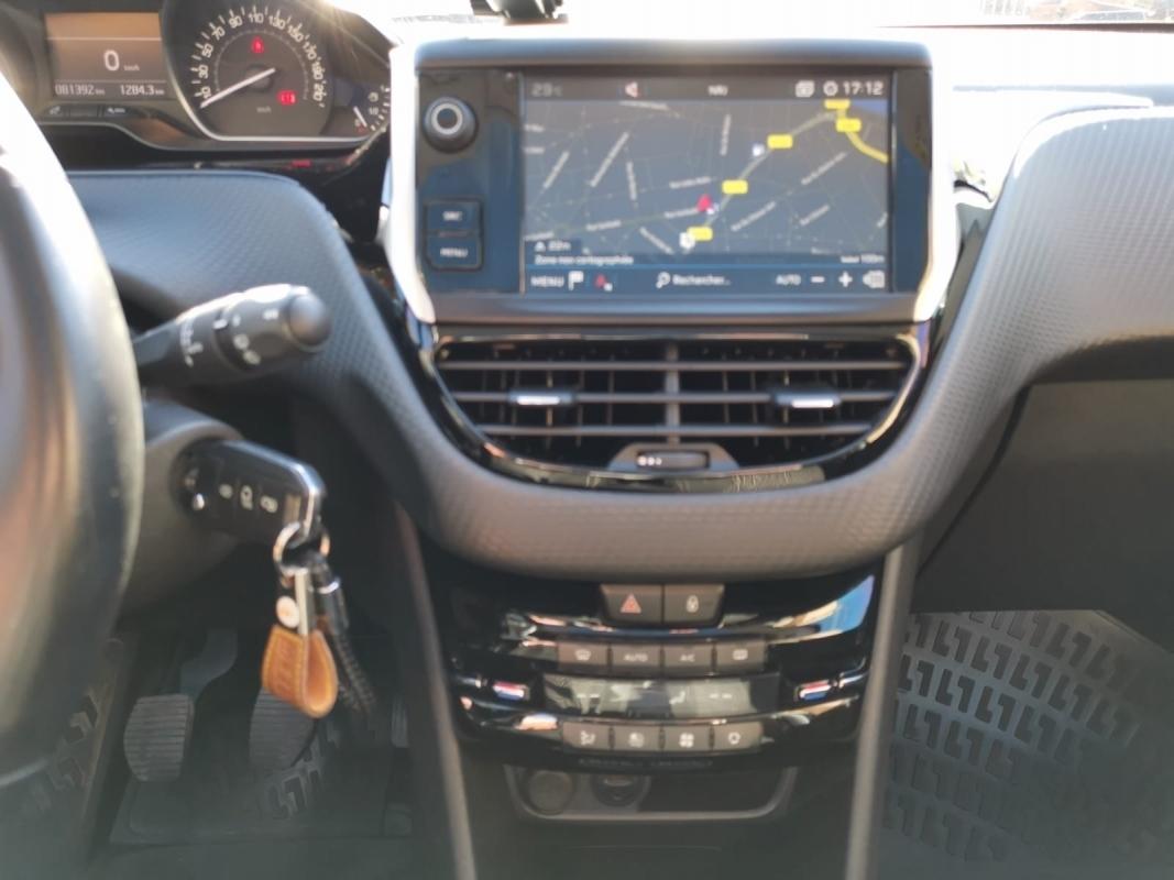 Peugeot 208 BLUEHDI 100 ALLURE